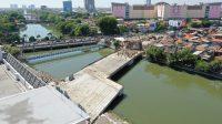 Pengecoran Jembatan Joyoboyo Telah Tersambung
