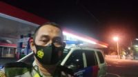 lantas Polrestabes Surabaya Polsek Gubeng patroli bluelight di SPBU Darmahusada Surabaya.