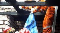 Cucu Sang Kakek Berhasil Menyelamatkan Diri dari Kebakaran di Tambak Asri