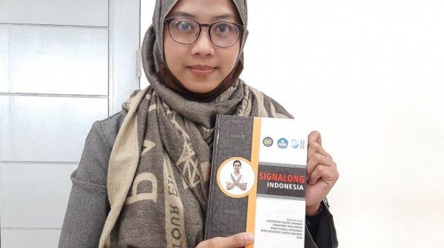 Pertama di Indonesia, UNESA Buat Kamus Signalog