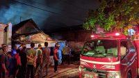 Rumah Pemilik Warung Kopi Legendaris di Mojokerto Terbakar
