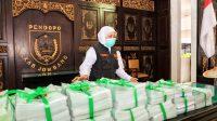 Kunjungi Jombang, Khofifah Serahkan Berbagai Bantuan