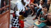 Badut Harris Rizki ingin anak-anak bisa merasakan kebahagiaan menghadapi tahun 2021