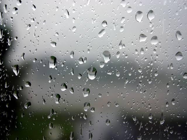 Pulau Jawa Berpotensi Hujan Lebat dan Angin Kencang