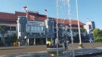 Warga Surabaya Dilarang Lakukan Isolasi Mandiri Di Rumah