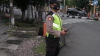 kegiatan sabhara pos awal Polrestabes Surabaya Polsek Gubeng di perempatan Ngagel Madya