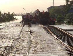 Seluruh Perjalanan Kereta Api Keberangkatan Jakarta Kembali Dibatalkan