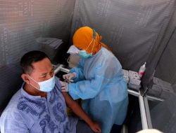 Hampir 700 Ribu Warga Surabaya Telah Jalani Vaksinasi