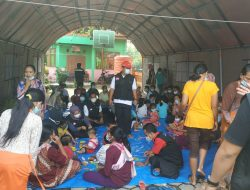 Belasan Pengungsi Korban Longsor Nganjuk Keracunan Makanan