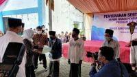 Gubernur Jatim Serahkan Sertifikat Tanah kepada Pengungsi Sampang
