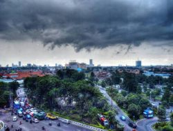 Pagi Diguyur Hujan, BMKG Juanda Prediksi Hujan Masih Akan Turun di Surabaya Hari Ini