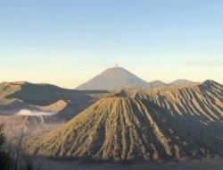 Pendakian Gunung Semeru Dibuka 1 April