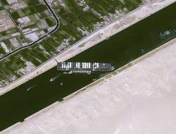 Minyak Melonjak 4 Persen pada Sabtu Pagi, Imbas Kapal Kontainer Blokir Terusan Suez