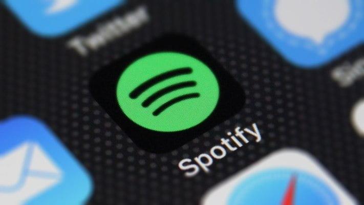 Ratusan Lagu K-pop Menghilang dari Spotify, IU Hingga Epik High