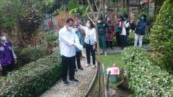 Penderita Kanker di Surabaya Dapat Bantuan Sembako