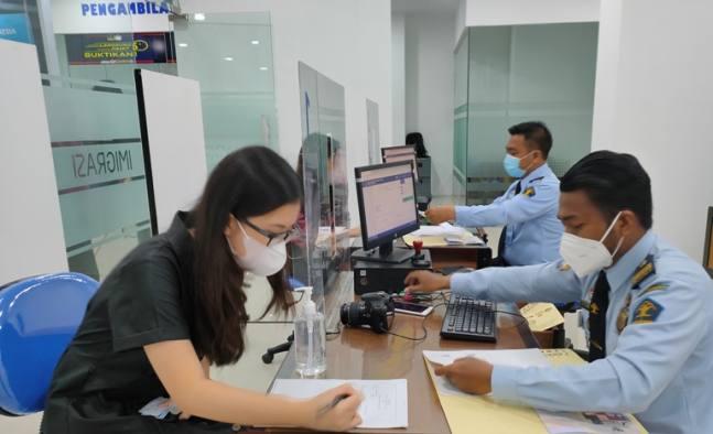 Urus Paspor Kini Makin Mudah, Bisa Sambil Nge-Mall di Ciputra World Surabaya