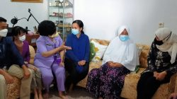Istri Para Prajurit KRI Nanggala Saling Menguatkan Satu Sama Lain