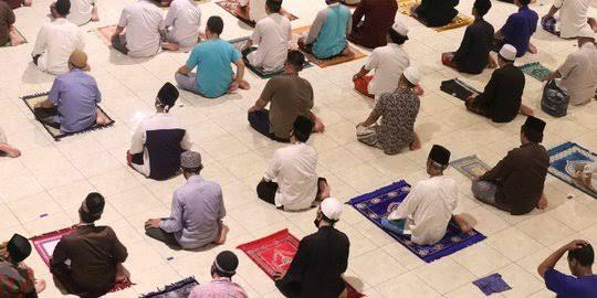 MUI Jatim Imbau Salat di Rumah, Masjid Al Akbar Tetap Gelar Salat Id