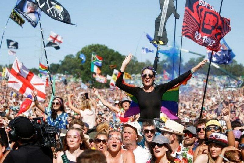 Festival Musik Glastonbury Kantongi Izin Satu Hari Pertunjukan