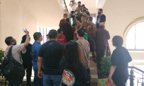 Pejuang Surat Ijo Adu Mulut di Gedung DPRD Surabaya