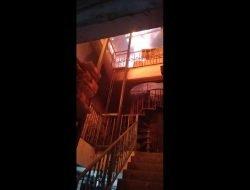 Gudang Sound System di Jalan Petemon Surabaya Kebakaran