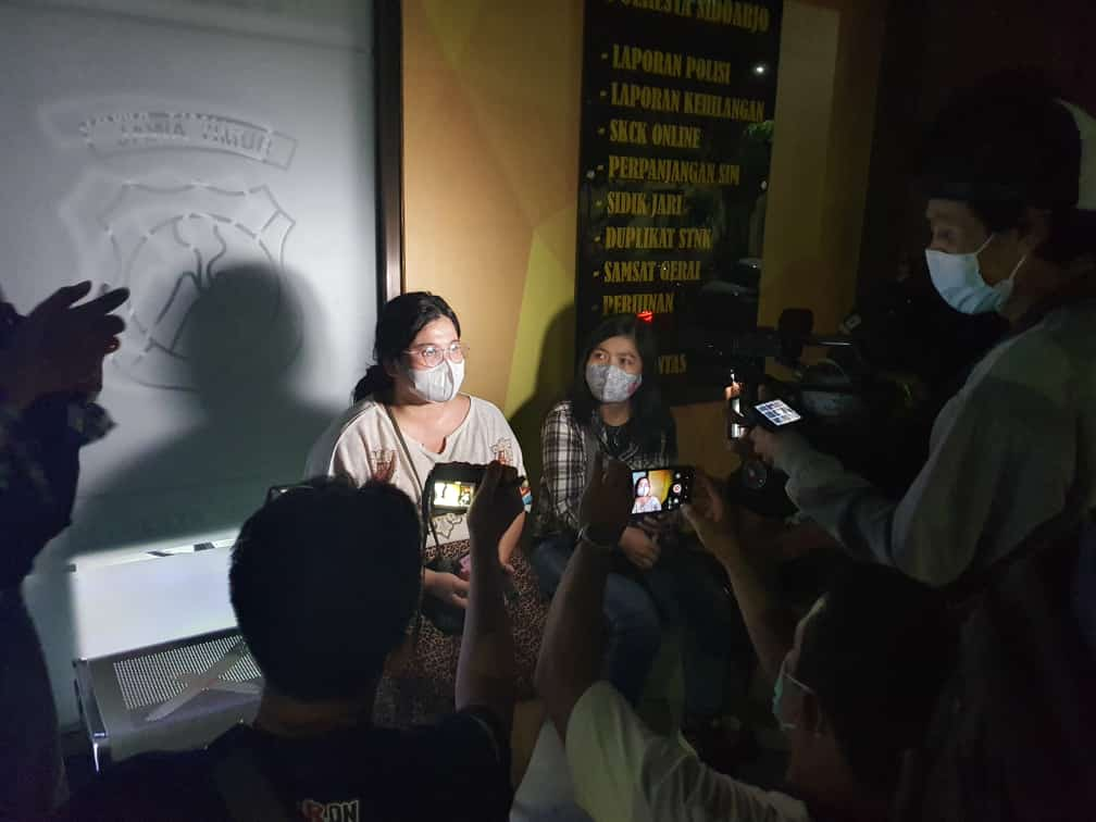 Amanda Nuralfat (16) warga Medokan Ayu Utara, Rungkut,