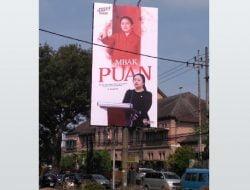 Tes Ombak Pilpres 2024, PDIP Pasang Baliho Puan Maharani di Surabaya
