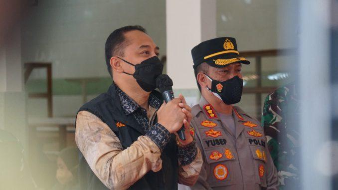 Tinjau Vaksinasi Merdeka di Santa Maria, Walikota Surabaya Optimis Capai Target 61.000 Dosis Perhari